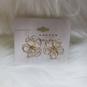 2x15 NWT Lauren Conrad gold wire flower ear
